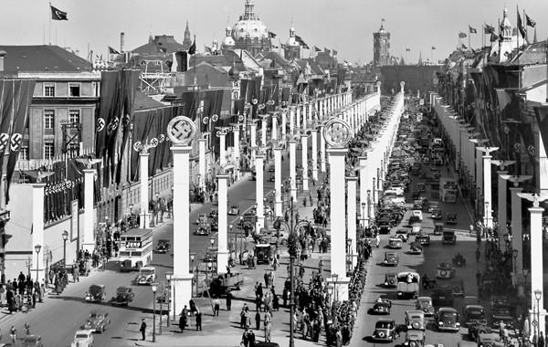 Hitler's-Berlin