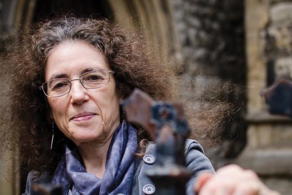 Linda Stratmann