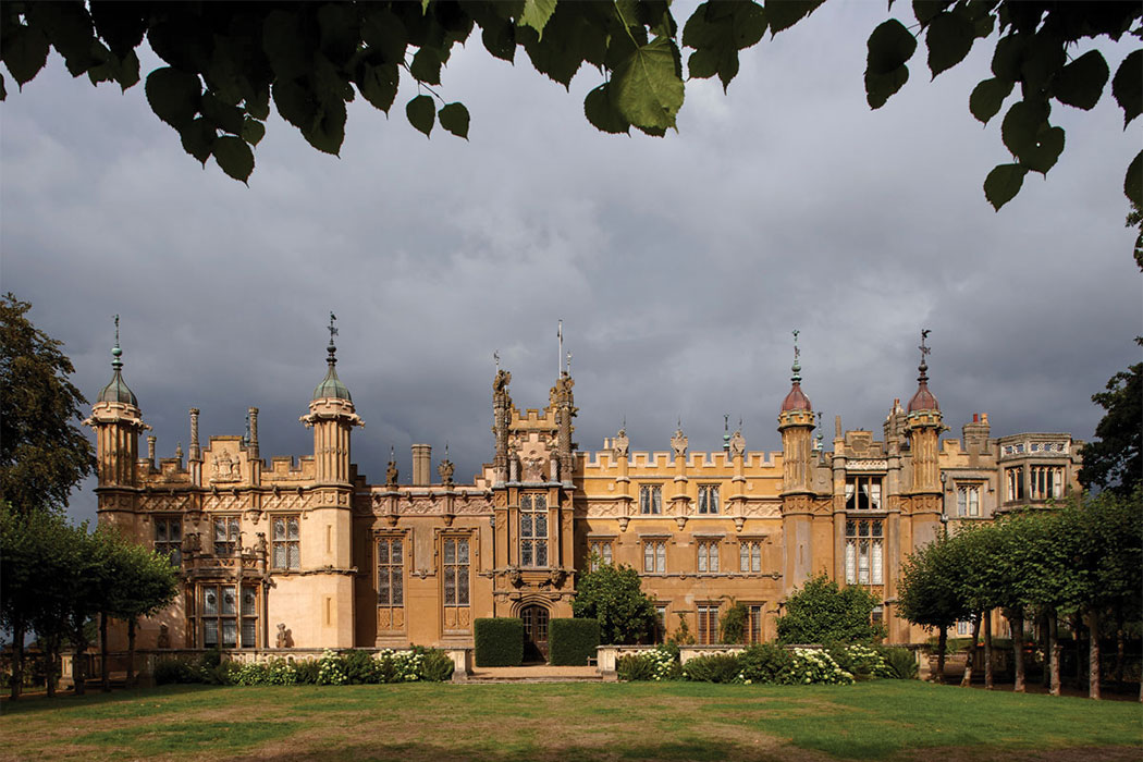 QUIRKY AND DELIGHTFUL SURPRISES: PEVSNER GUIDES REVISIT HERTFORDSHIRE