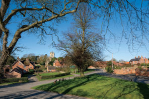 Nottinghamshire Villages: Small Places, Far Horizons