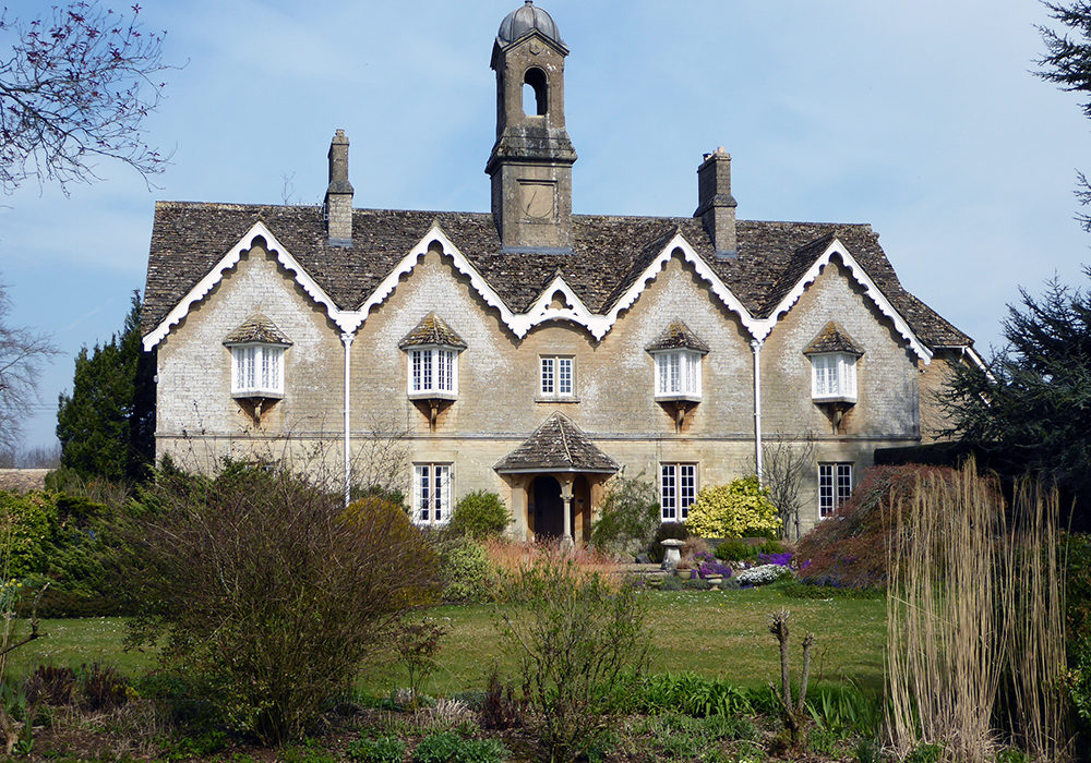 EXPLORING WILTSHIRE WITH PEVSNER: THE ESTATE VILLAGES OF JOSEPH NEELD